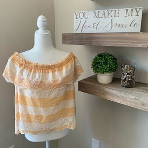 American Eagle off the shoulder top L